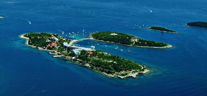 главная достопримечательность ровиня красный остров