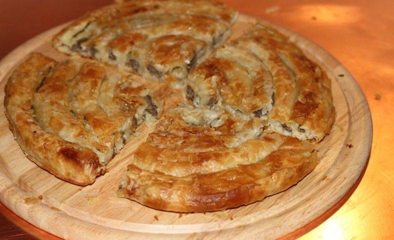 Национальный пирок хорватии бурек