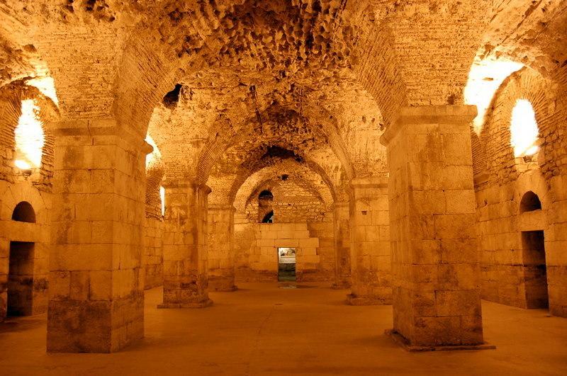 дворец диоклетиона что посмотреть