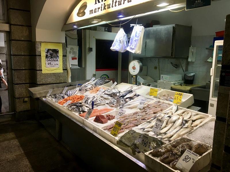 рыбный рынок в задаре сплите пуле